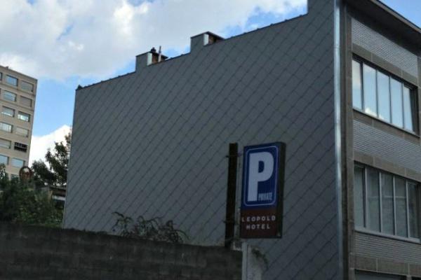 Antwerpen: isoleren van gevel met PIR-isolatie (Powerwall isolatieplaten) en dakbedekking van kunstleien